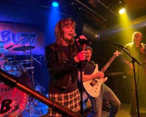Beth on lead vocals | Sugar Buzz Band